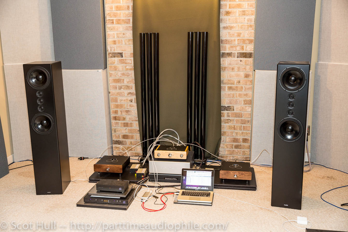 Magnepan And Tekton Meet Pass Labs Odyssey Job Merrill Red Wine Project 116 Subwoofer Amp Amplifier Madness