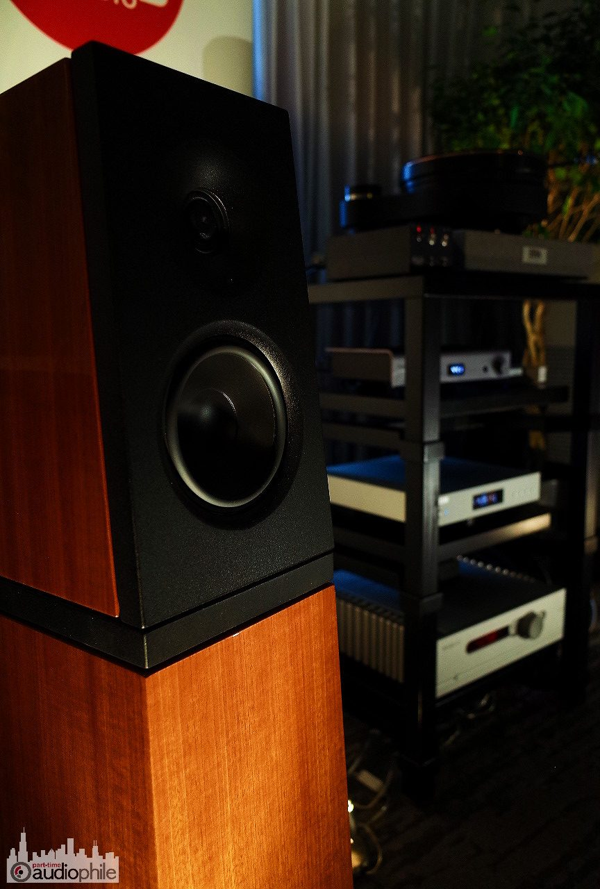Axpona 2018 High Fidelity Services Verity Audio And Trilogy Project 116 Subwoofer Amp Es000136
